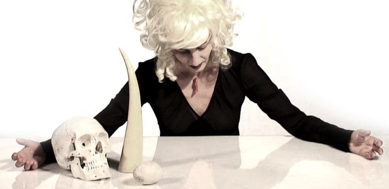 GhostWoman_EnTete.jpg